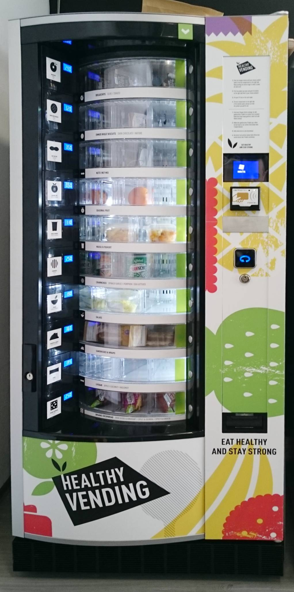 Vending-machine-snack-automat